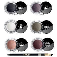 Les mythiques paints pots de Chanel pour un look Glam