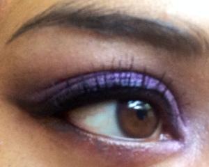 smokey eyes violet